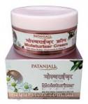 Увлажняющий крем для лица с маслом ШИ (Patanjali) 50 грамм